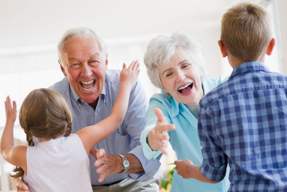 building-a-relationship-with-grandparents-through-the-internet